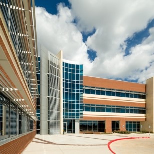 Texas Instruments, Sugar Land / Powers Brown Architecture