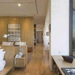 Caddell and Chapman Apartment - Houston, Texas / Hester + Hardaway Photography