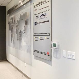 Aluminum & acrylic international location map